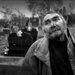 19_Portret radnika na groblju-800