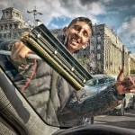Fotografija je snimljena u Beogradu iz automobila na semaforu kod Skupstine i Glavne poste na Bulevaru Kralja Aleksandra 22. aprila 2012.g.Fotografija je objavljena na sajtu 1x.com pod nazivom YEAHHHH
